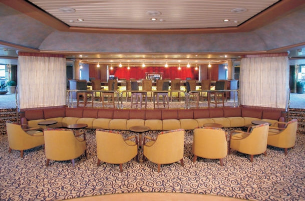 Boleros Lounge a bordo del Monarch of the Seas