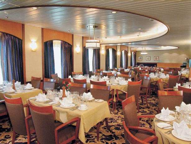 Comedor en el Monarch of the Seas