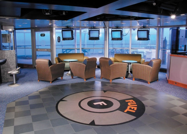 Fuel Lounge en el Monarch of the Seas