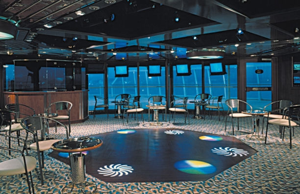 Night club a bordo del Monarch of the Seas