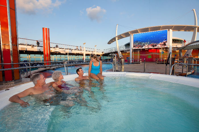Jacuzzis en el Independence of the Seas