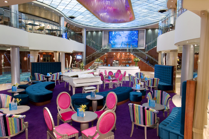 Atrio del Norwegian Jewel